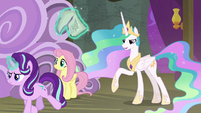 Princess Celestia tells Spike to narrate S8E7