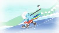 Rainbow hits hockey puck S5E5