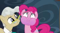 S05E19 Pinkie wstrzymuje oddech