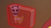 Tirek opens secret compartment in wall S9E24