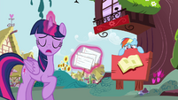 "Twilight ""if you can horse around"" S4E21"