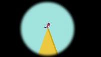 Bird chirping on an adjacent tower S5E10