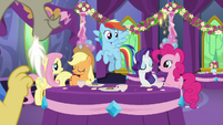 Main five ponies in agreement S7E1