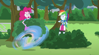 Pinkie Pie makes a hasty retreat EG3