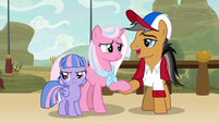 "Quibble ""the most amazing pony"" S9E6"