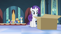 Rarity approaching the box S4E19