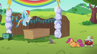 Scootaloo dragging heavy load of supplies S6E14