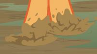 Applejack stepping through the mud S8E23