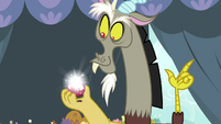 Discord using his magic on the apple S9E23