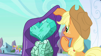 Applejack looking at the heart S3E2