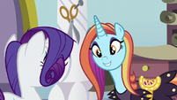 Sassy Saddles happy beyond belief S5E14