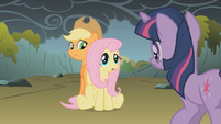 """Fluttershy """"because they're not dragons"""" S01E07"""