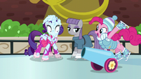 """Party cannon """"skating"""" to Pinkie Pie S6E3"""