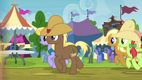 Peachy Sweet in line for oat burgers S4E22
