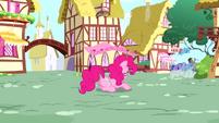 Pinkie Pie feeling down S4E12