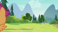 Rumble and campers gallop away from camp S7E21