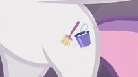 Sweetie Belle's janitorial cutie mark S5E4