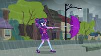 Wind blowing through Twilight's umbrella SS6
