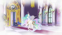 Luna looking in throne room in flashback S9E4