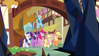 Mane Six find Ponyville in ruins S9E2