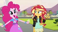 """Pinkie Pie """"in cake?!"""" EG3"""