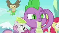 Spike looks around for Angel S03E11