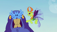 "Thorax ""why are you hitting yourself?"" S7E17"