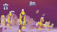 Royal guards charge into battle S5E25