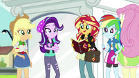 Sunset Shimmer reading Princess Twilight's message EGS3