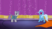 "Trixie ""new and improved Dragon Pit!"" S7E24"