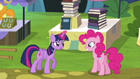 """Twilight """"might as well trade away some books"""" S4E22"""