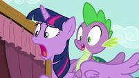 Twilight and Spike shocked S5E11