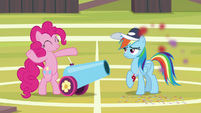 RD annoyed by cannon blast in her face S9E15
