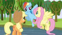 """Rainbow Dash """"hey, slackers!"""" S03E10"""