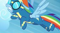 Rainbow Dash races to catch up S6E7