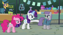 Rarity --go stand behind it-- S6E3