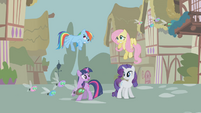 Twilight suggests a spell to stop the parasprites S1E10