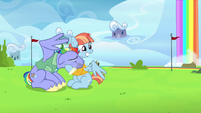 Bow and Windy tearfully wave to their daughter S7E7