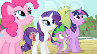 Pinkie Pie, Rarity, Spike and Twilight looks up S4E07