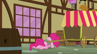Pinkie puts her face on the ground S5E19