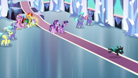 Thorax flying out of the throne room S6E16