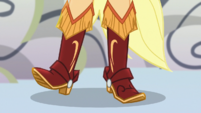 Close-up on Applejack's boots EGS1