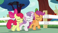 Cutie Mark Crusaders leaving school S8E12