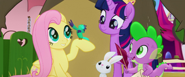 Fluttershy's bird sings along to the song MLPTM
