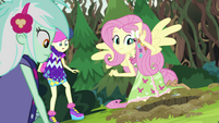 Fluttershy hears the gophers' signal EG4