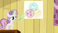 S06E04 Sweetie Belle pokazuje, w jaki sposób zdobyły znaczki