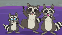 Smoky's family chittering happily at Spike S8E4