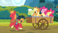 The Apples and Pinkie singing the reprise S4E09