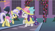 201px-Rarity...you S2E9