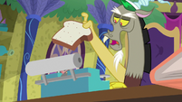 Discord -you'll let the twittermites out- S8E15